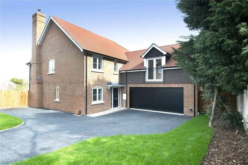 5 Bedrooms Detached House for sale in Grovelands, Manor Fields, Southborough, Tunbridge Wells, TN4