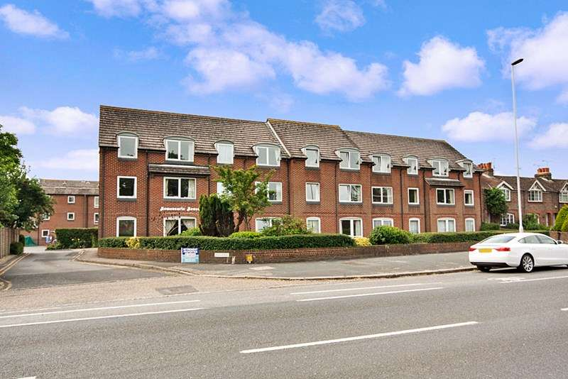 2 Bedrooms Retirement Property for sale in Homesearle House, Worthing, BN12 4PW