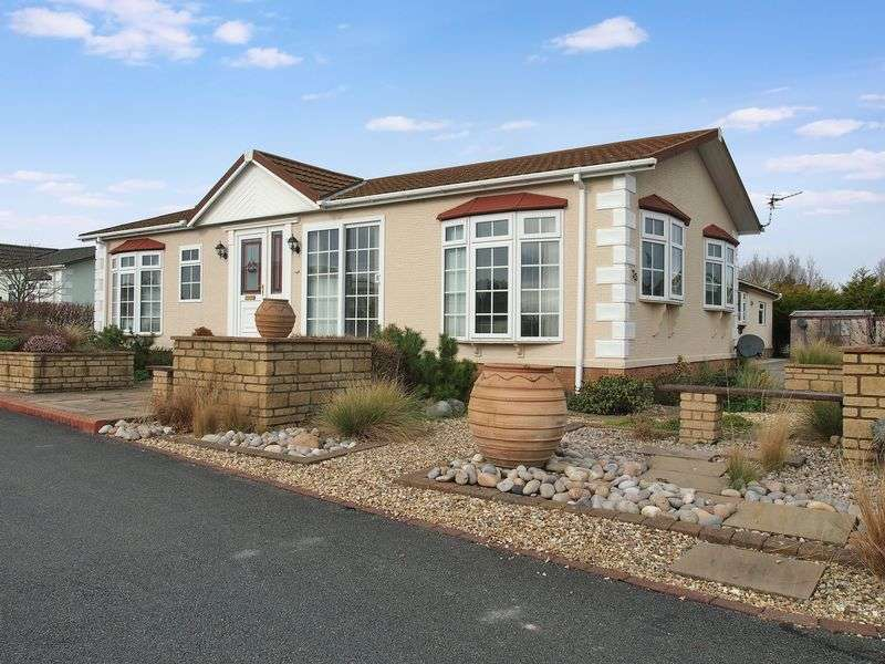 2 Bedrooms House for sale in Oxcliffe Road, Morecambe