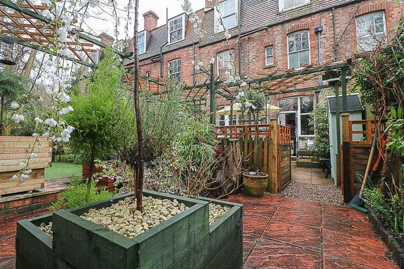 1 Bedroom Flat for sale in Grove Avenue, Tunbridge Wells
