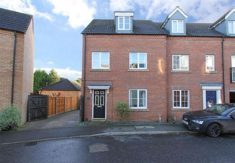 4 Bedrooms End Of Terrace House for sale in Swan Road, Dereham, Norfolk