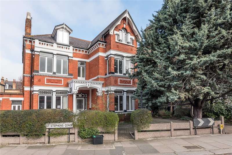 6 Bedrooms Detached House for sale in St. Stephens Gardens, East Twickenham, TW1