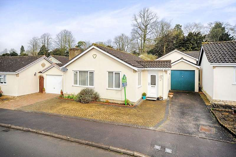 2 Bedrooms Detached Bungalow for sale in Long Barrow Road, Calne, SN11