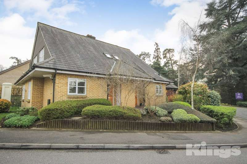 2 Bedrooms Semi Detached House for sale in Willicombe Park, Tunbridge Wells