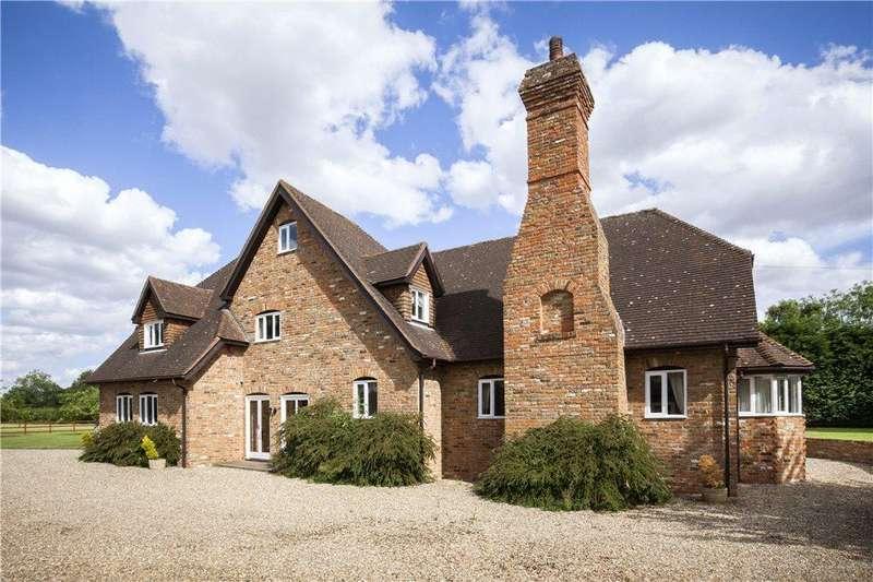 5 Bedrooms Detached House for sale in Holly Lane, Harpenden, Hertfordshire