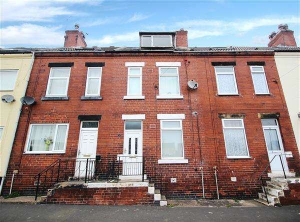 3 Bedrooms Terraced House for sale in Union Street, Hemsworth