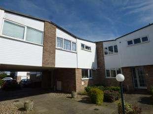 4 Bedrooms End Of Terrace House for sale in Queens Court, Kempton Walk, Shirley, Surrey
