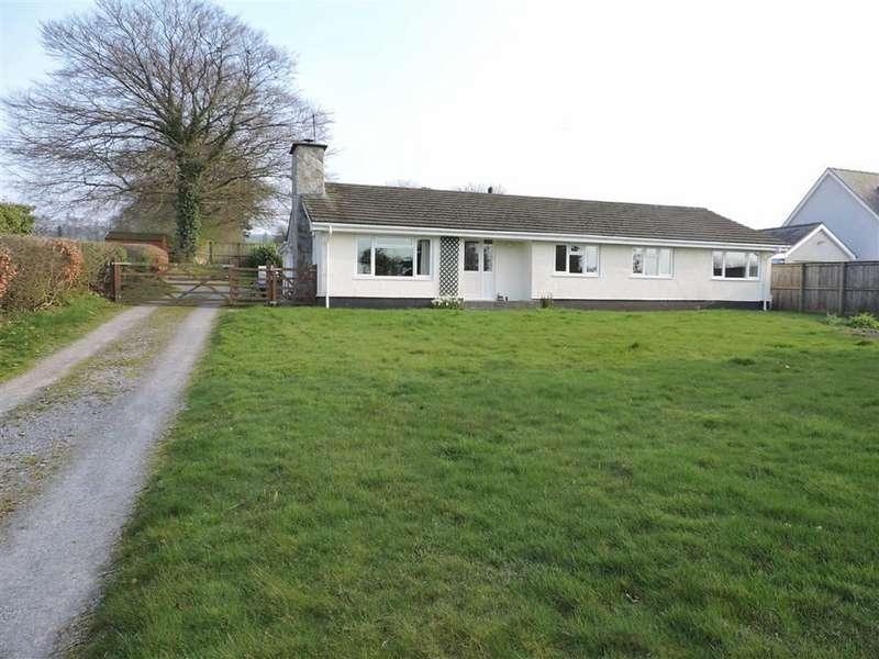 3 Bedrooms Property for sale in Llanllwni, Pencader