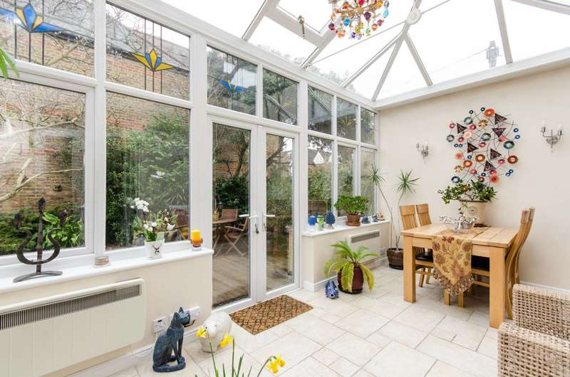 3 Bedrooms House for sale in Delamere Road, Wimbledon, SW20