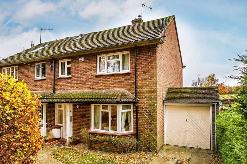 3 Bedrooms Semi Detached House for sale in Coltsfoot Lane, Hurst Green.