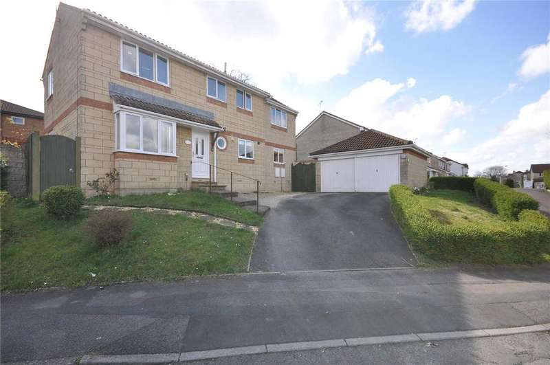 4 Bedrooms Detached House for sale in Locksgreen Crescent, Swindon, Wiltshire, SN25