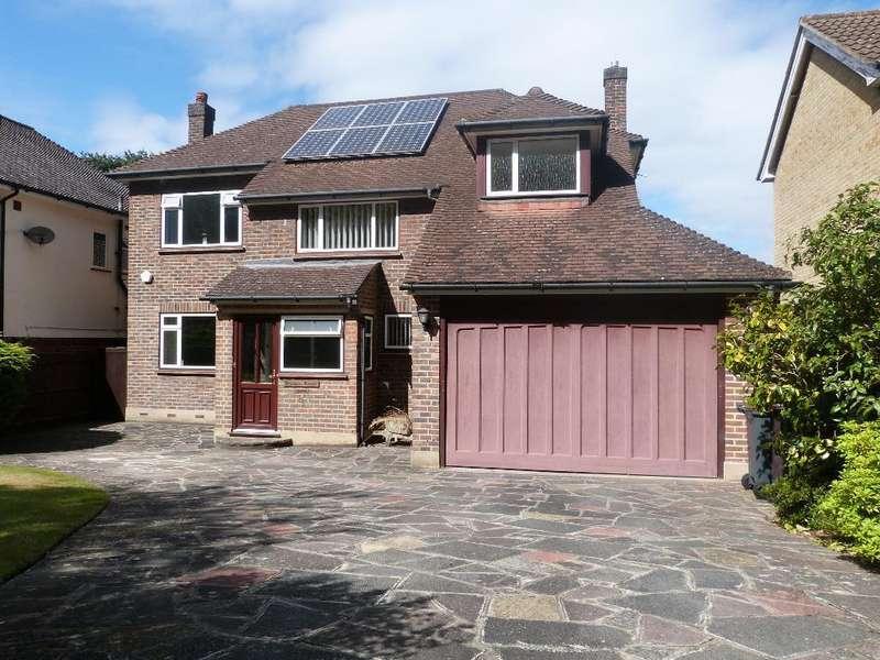4 Bedrooms Detached House for sale in Bankside, South Croydon, South Croydon, CR2 7BL