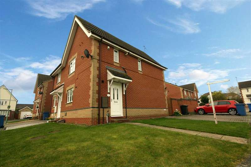 3 Bedrooms Semi Detached House for sale in Skipper Road, Pinewood