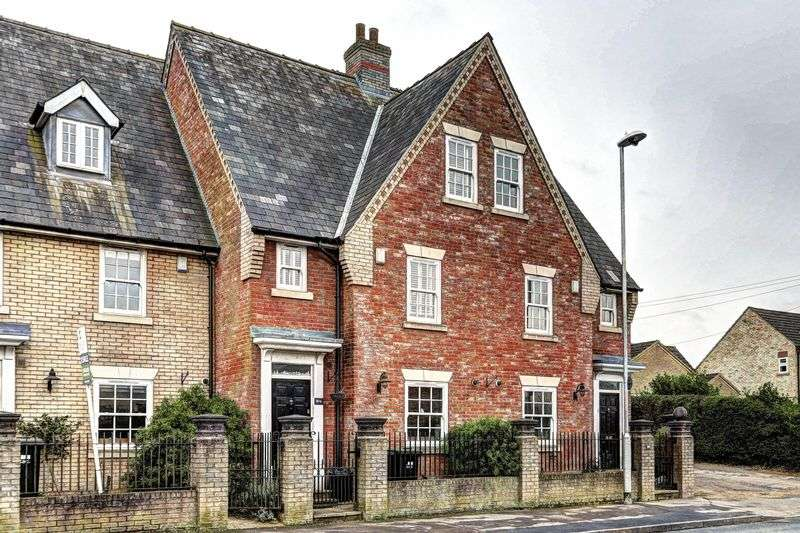 4 Bedrooms Terraced House for sale in Cambridge Road, Ely