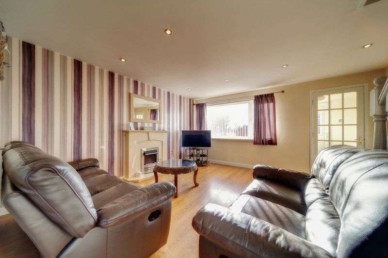3 Bedrooms Terraced House for sale in Addington Drive, Blyth
