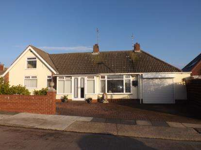House for sale in Nicholas Avenue, Whitburn, Sunderland, Tyne and Wear, SR6