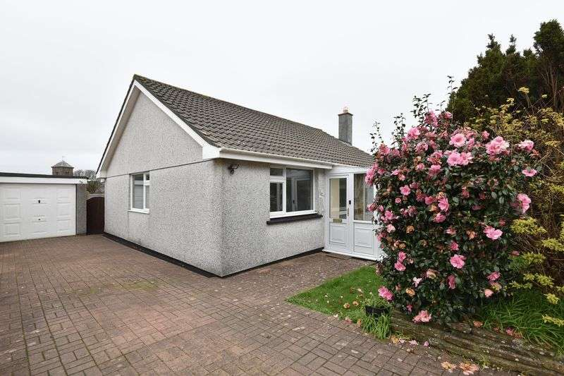 2 Bedrooms Detached Bungalow for sale in Cul-de-sac location, Camborne