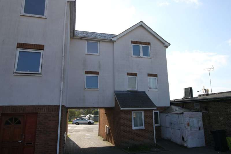 4 Bedrooms Semi Detached House for sale in Dane Valley Road