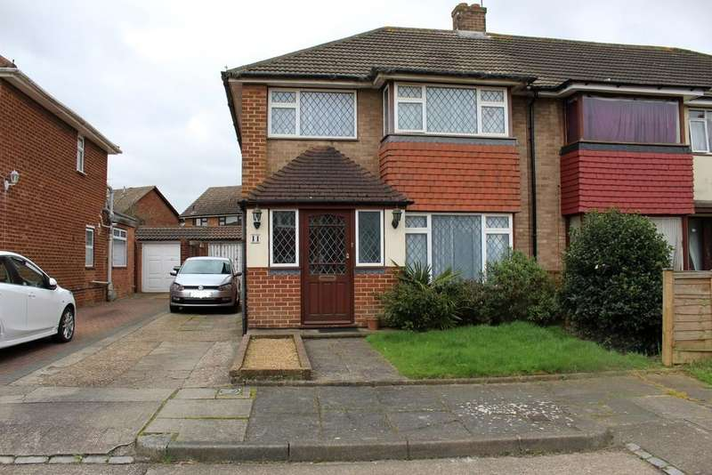 3 Bedrooms Semi Detached House for sale in Tamesis Strand, Gravesend DA12