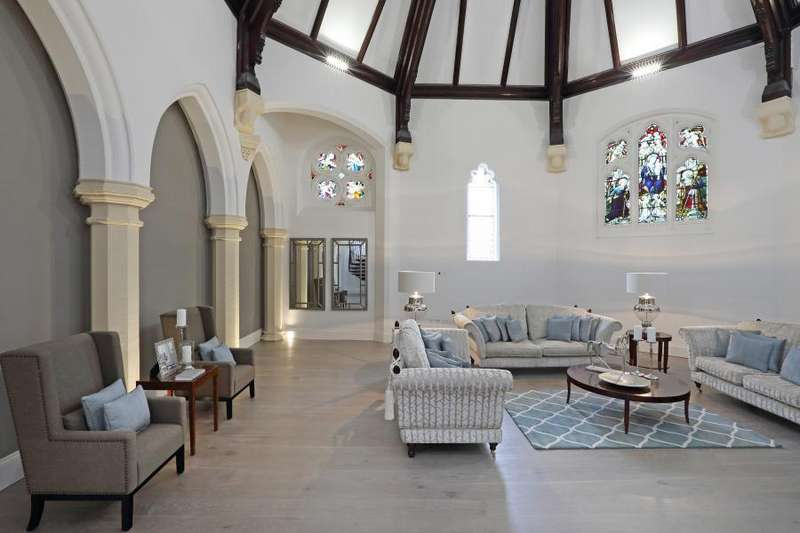 3 Bedrooms Apartment Flat for sale in The Chapel, Fitroy Gate, Old Isleworth