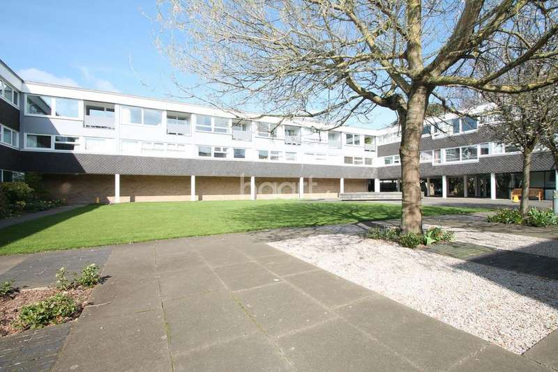 2 Bedrooms Flat for sale in Highsett, Hills Road, Cambridge