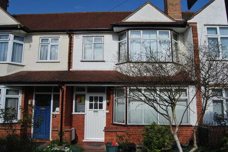 3 Bedrooms Terraced House for sale in Queen Anne Avenue Bromley BR2