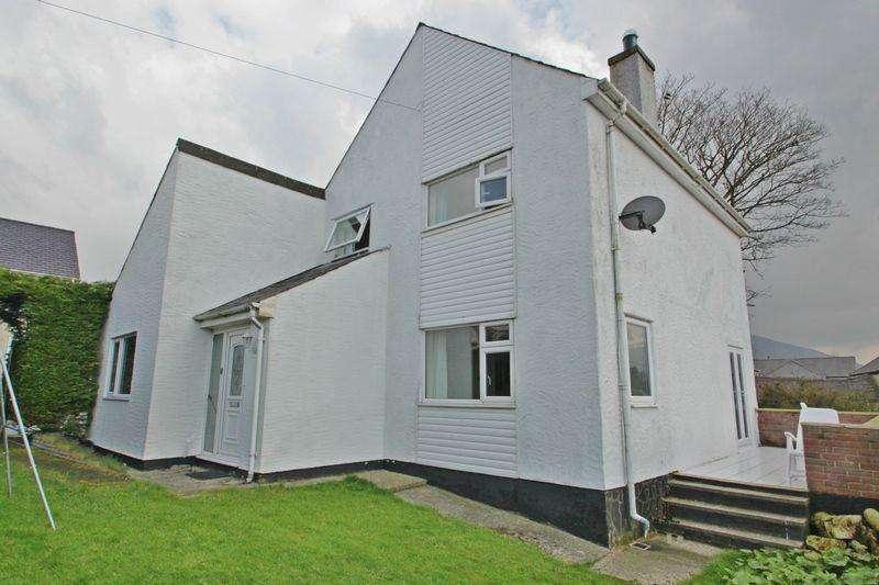 4 Bedrooms Detached House for sale in Waunfawr, Gwynedd
