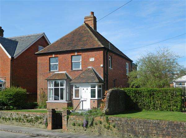 3 Bedrooms House for sale in Mint Cottage, Easebourne, Midhurst