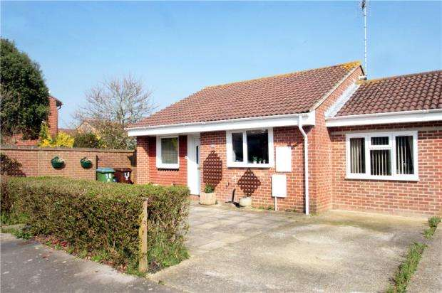 3 Bedrooms Detached Bungalow for sale in Johnson Way, Ford, Arundel, West Sussex, BN18