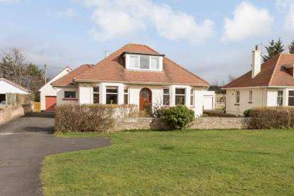 3 Bedrooms Bungalow for sale in Fullarton Drive, Troon