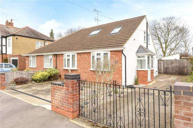 4 Bedrooms Semi Detached Bungalow for sale in Brightside Avenue, Staines-upon-Thames, Surrey