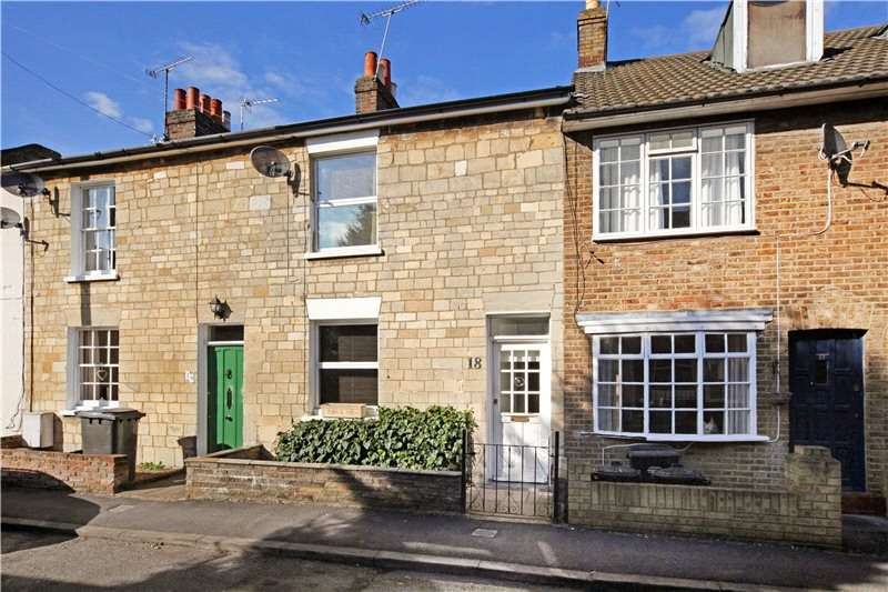 2 Bedrooms Terraced House for sale in Oak Lane, Windsor, Berkshire, SL4