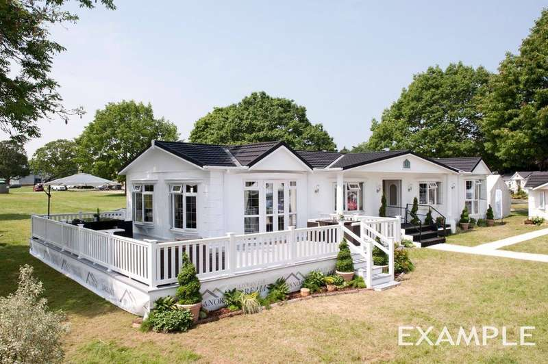 2 Bedrooms House for sale in Kirdford Road, Wisborough Green