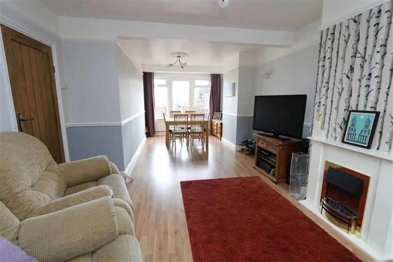 3 Bedrooms Semi Detached House for sale in Warland Road, Plumstead, London, SE18
