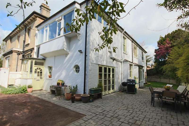 4 Bedrooms Semi Detached House for sale in Old London Road, Patcham, Brighton