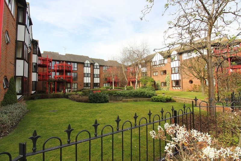 2 Bedrooms Apartment Flat for sale in Caversham Wharf, Watermans Place