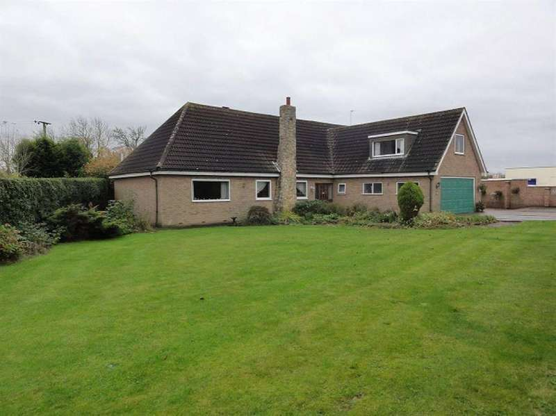 4 Bedrooms Detached House for sale in Main Road, Gilberdyke, East Yorkshire