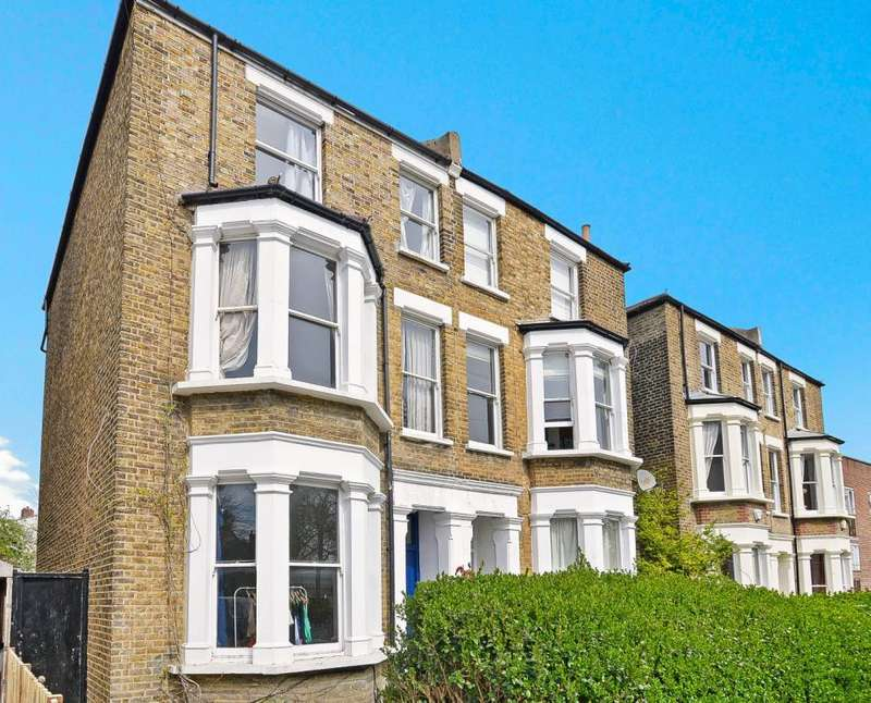4 Bedrooms Semi Detached House for sale in Friern Road, East Dulwich, London, SE22