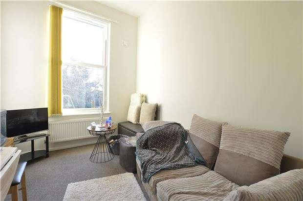 1 Bedroom Flat for sale in Flat, Filsham Road, ST LEONARDS, TN38 0PA