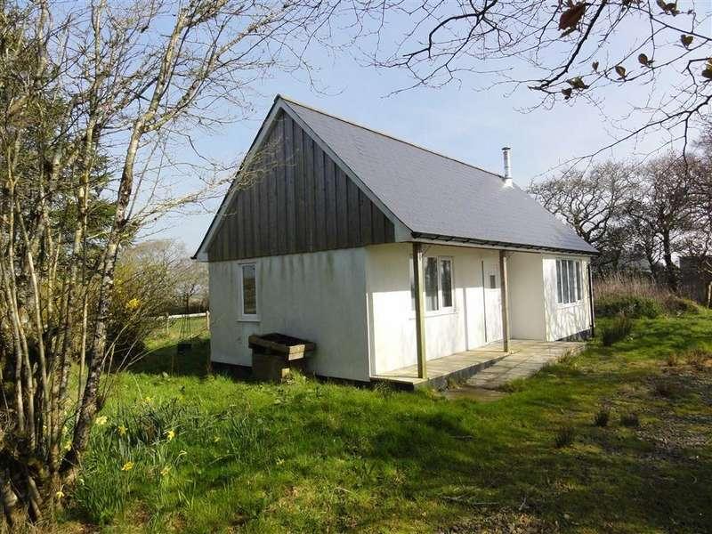1 Bedroom Bungalow for sale in Broadmoor Lane, Okehampton, Devon, EX20