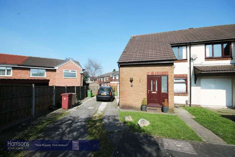 1 Bedroom Flat for sale in Redstock Close, Westhoughton, Bolton, Lancashire.