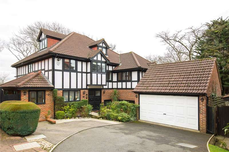 5 Bedrooms Detached House for sale in Applewood Close, London, N20