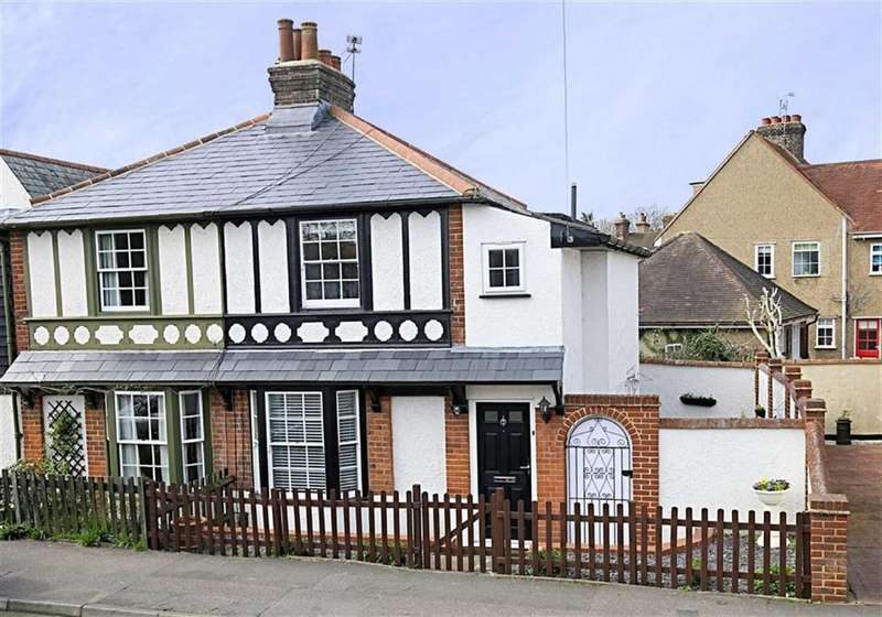 2 Bedrooms Property for sale in Coopersale Common, Coopersale