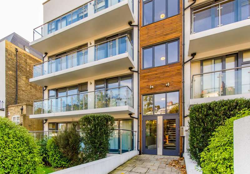 2 Bedrooms Flat for sale in Caledonian Road, Caledonian Road, N7
