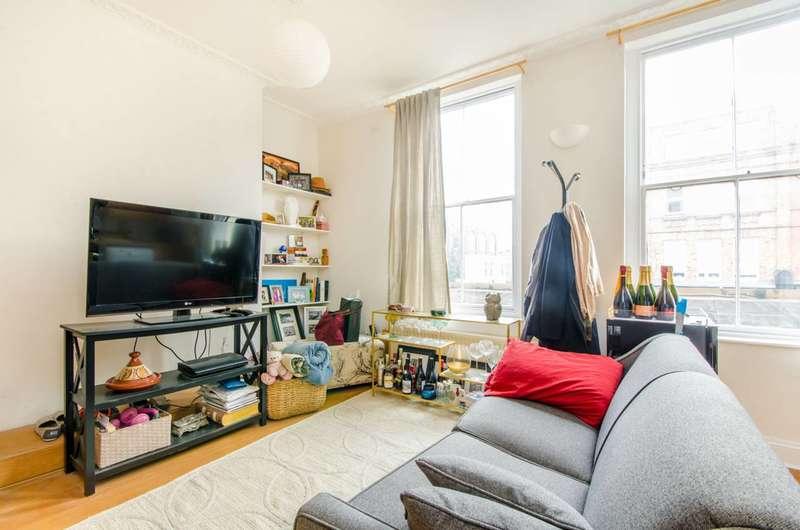 1 Bedroom Flat for sale in Upper Street, Islington, N1