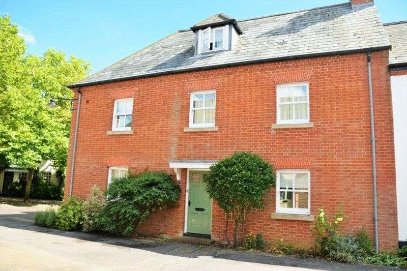 4 Bedrooms Semi Detached House for sale in Ashington Street, Poundbury Village