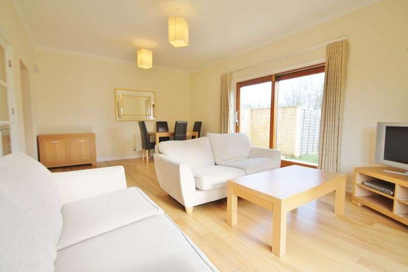 2 Bedrooms House for sale in Kemble, 15 Oaksey Park, Oaksey, Wiltshire