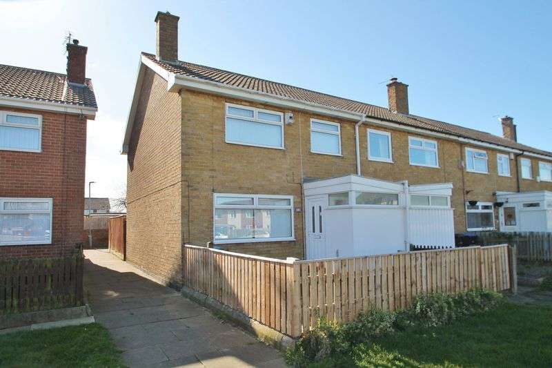 3 Bedrooms Terraced House for sale in Formby Green, Beechwood
