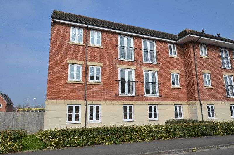 2 Bedrooms Flat for sale in Pintail Close, Scunthorpe