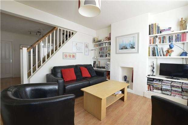 2 Bedrooms Terraced House for sale in Plynlimmon Road, HASTINGS, East Sussex, TN34 3LU